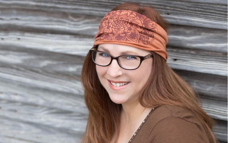 Carly Bloom Headshot